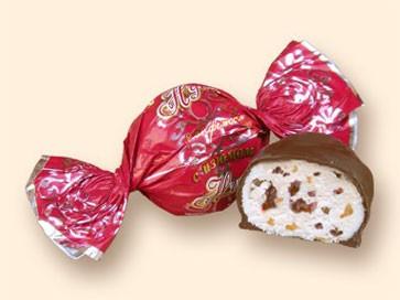 Нуга с изюмом, в шоколадной глазури